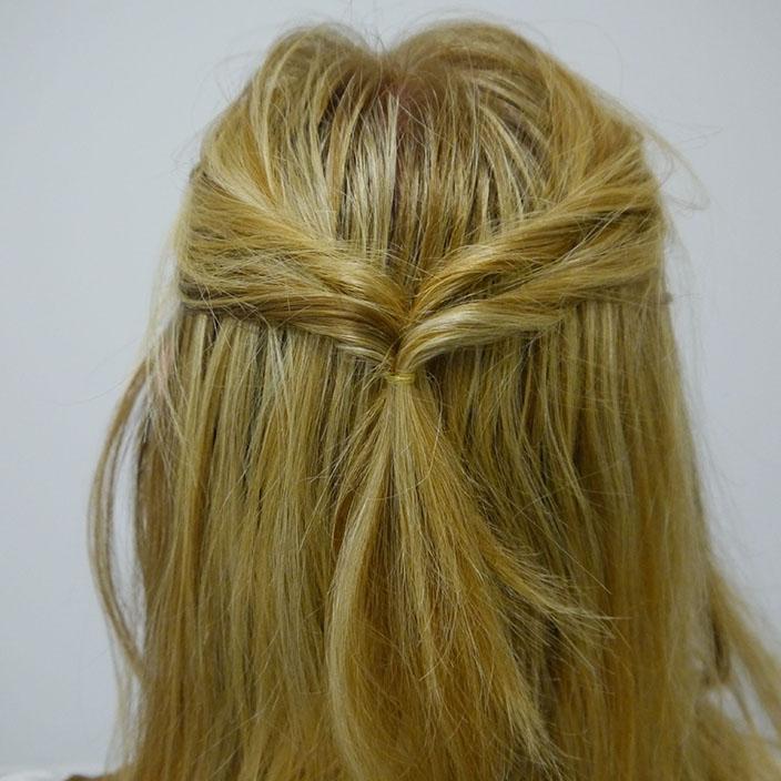 Einfache Frisuren 4 Half up half down