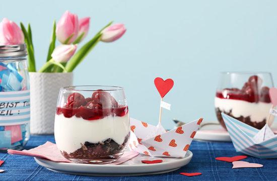 Valentinstag basteln, Valentinstag Geschenkidee, Valentinstag Tischdeko, Rezept Date, Valentinstag Anleitung