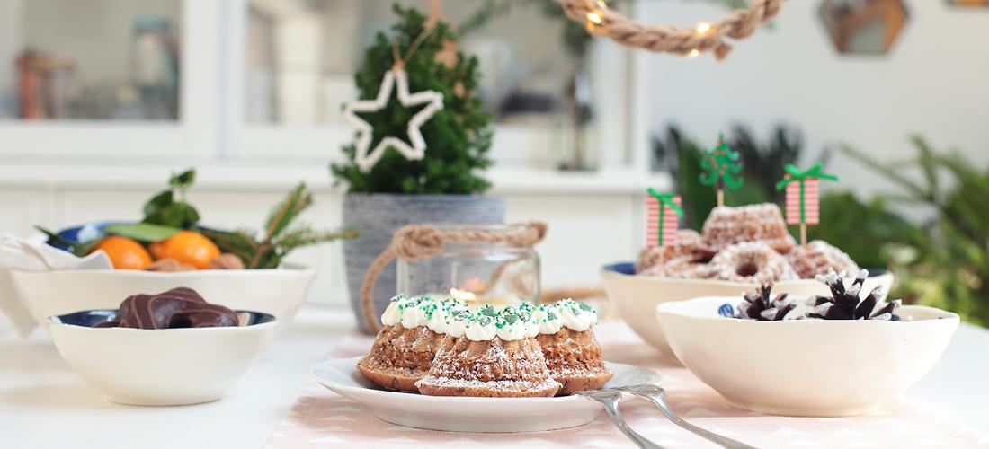 mini-gugel, mini-cake- Kuchen, Küchlein, Kekse, Glühwein-Kuchen, Kuchen, Backen, Weihnachten, Weihnachtsbäckerei