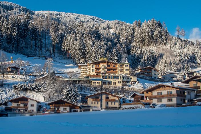 Schneebekleidung für Kinder, Schneeanzug, Skianzug, Kinder, günstige Skibekleidung, Zillertal, Alpin Family Resort Seetal