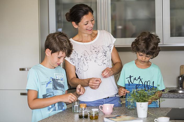 Kinderhausmittel, Hausmittel selber machen, Hausmittel für Kinder, Ernsting's family, Claudia Schauflinger