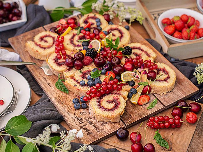 Biskuitroulade, Kirschmarmelade, Rezept Österreich, Menü
